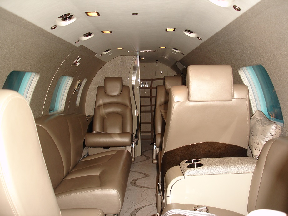 N888WW-Interior 1 gp